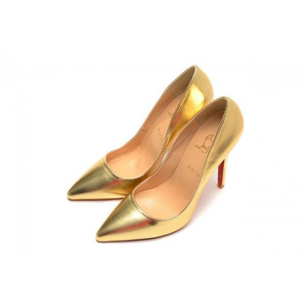 chaussure dorée louboutin